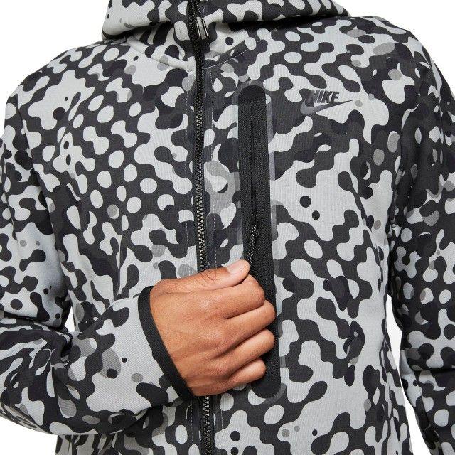Casaco Nike Sportswear Tech